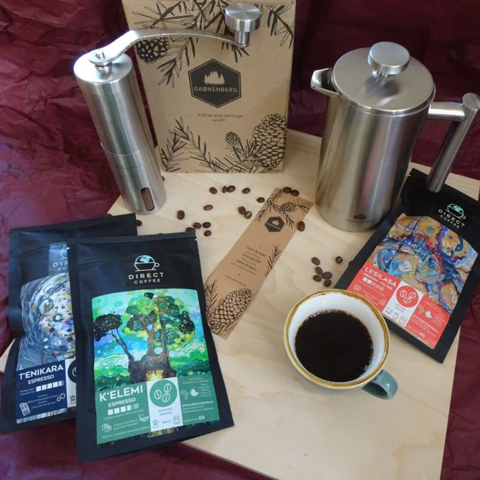 Product picture Gift: three types of coffee beans, hand mill & French press