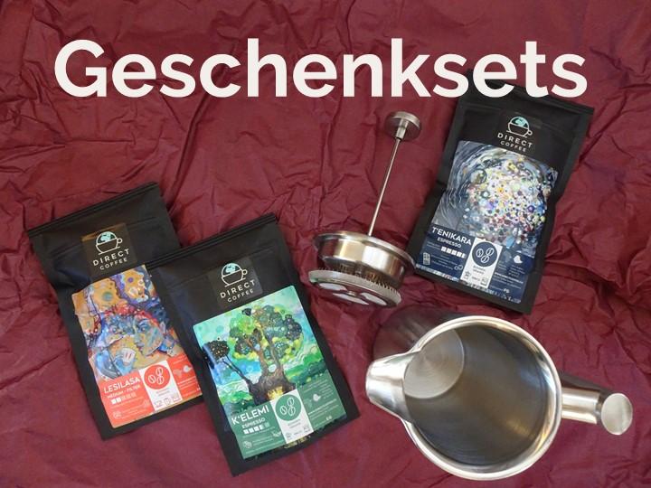 Kaffee French Press und Kaffeepackungen