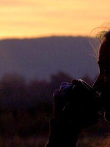 Sonnenaufgang mit Kaffee